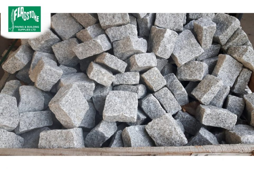silver grey granite setts 100mm x 100mm x 50mm