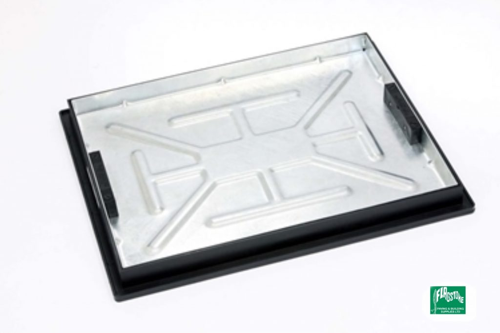 T11G3 600x450 Double seal recessed tray